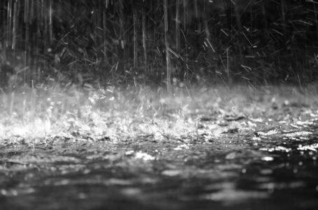 Minunea părintelui Iustin? Plouă în Neamț!!!