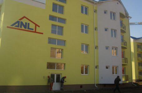 S-a afişat lista cu ordinea de priorităţi a solicitanţilor de locuinţe ANL din Piatra Neamţ