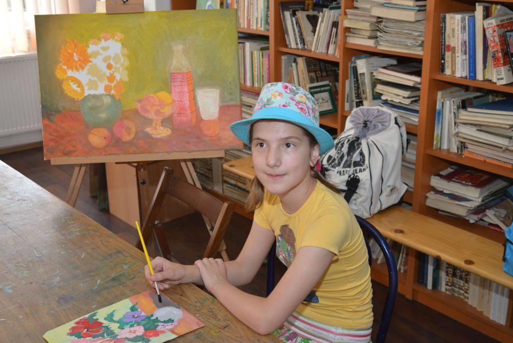 Pietreanca Delia Maria Focșăneanu (11 ani), premiată la Concursul Național de Pictură și Grafică de la Galați