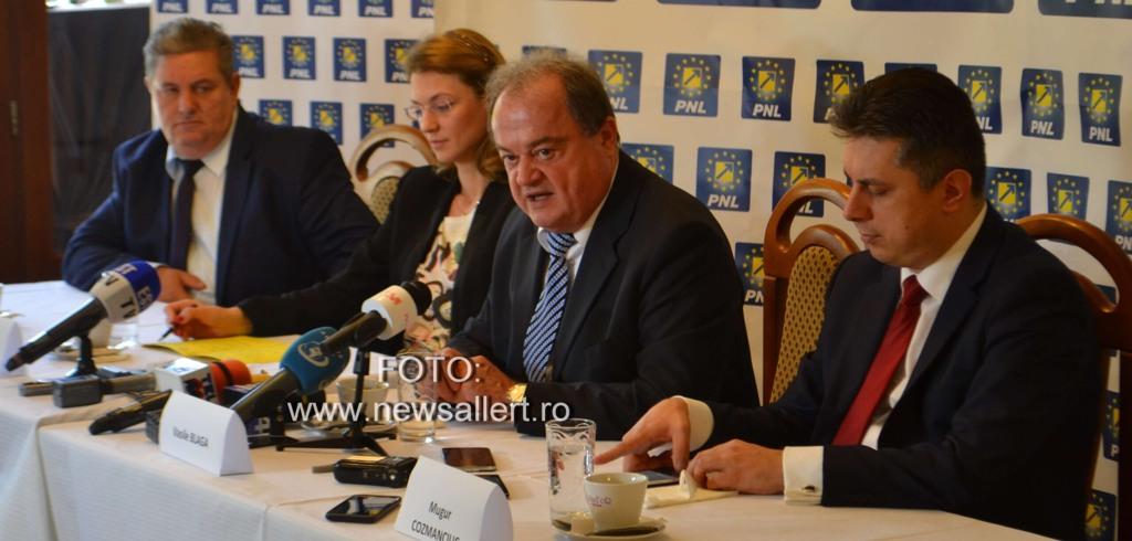 Alina Gorghiu şi Vasile Blaga vor fi prezenţi sâmbătă la lansarea candidaţilor PNL Neamţ