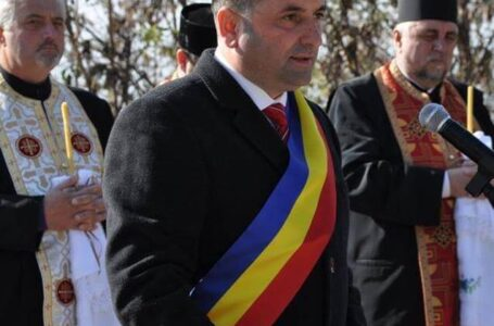 EXCLUSIV Primarii de Roman și Târgu Neamț, țepuiți cu mii de dolari!