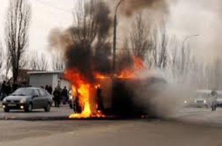 Ambulanţă în flăcări!