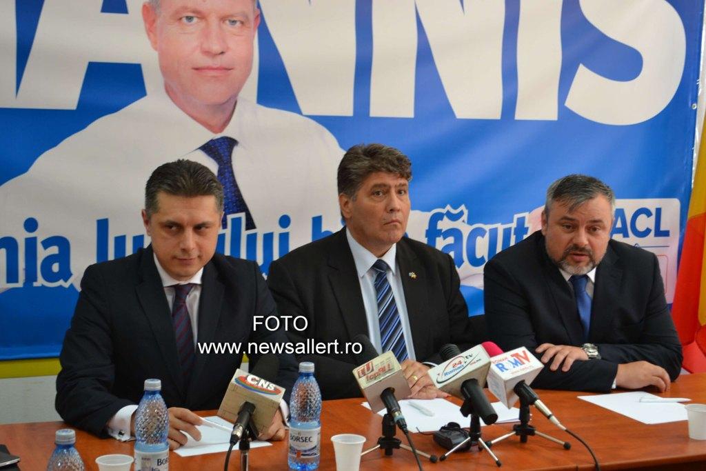 Leoreanu s-a înscris în PNL și a preluat organizația Roman!