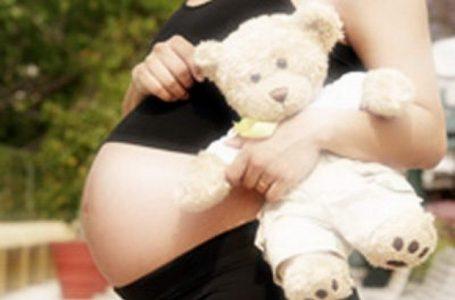 Șocant: 14 fetițe din Neamț au născut deși nu au împlinit 15 ani!