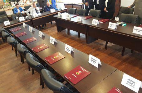 """Jănel Iosub lansează """"torpila"""": """"Un consilier PNL Piatra Neamț este în conflict de interese! Mâine voi face publice dovezile!"""""""