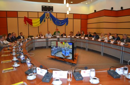 Reacţii dure ale PSD şi ALDE faţă de boicotul liberalilor de la Consiliul Judeţean Neamţ!