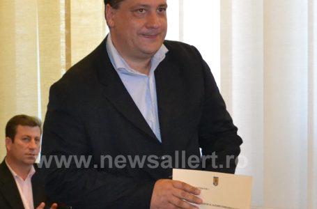 Viceprimarul Bogdan Gavrilescu: Parc inteligent în Piatra Neamț! Bănci cu încărcătoare și internet wireless, iluminat inteligent și spații de încărcare a mașinilor electrice