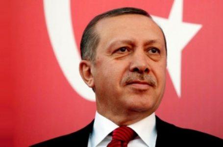 Turcia: Generali şi amirali demişi, ziare şi televiziuni închise pe bandă rulantă