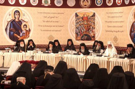 """Sinaxa Clericilor si Monahilor Ortodocsi: """"Sinodul"""" din Creta nu poate fi nici Sinod, nici Mare, nici Sfant"""
