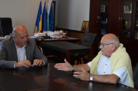 Președintele Asociației Roanais – Piatra Neamț, vizită de curtoazie la primarul Dragoș Chitic