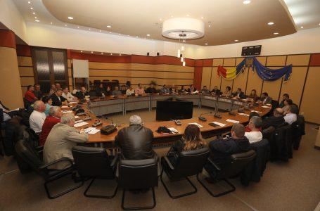 Dezbatere la CJ cu investitorii din turismul nemțean