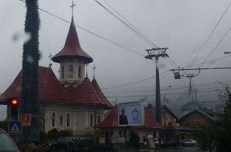 """Biserica """"Pogorârea Sfântului Duh"""" la Piatra Neamț"""