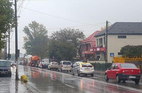 Sfântul Dumitru și ploaia au blocat centura municipiului Piatra Neamț