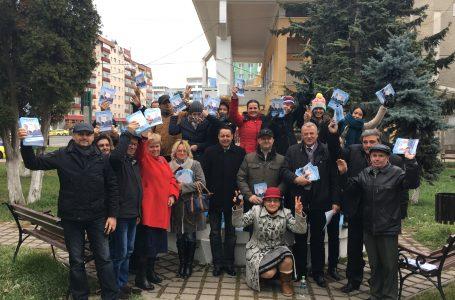 Liderii ALDE Neamț s-au întâlnit cu locuitorii municipiului Roman