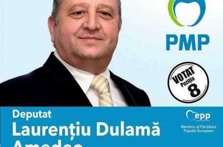 Tupeu de candidat! Se pozează la Spitalul din Bicaz pe care partidul său l-a închis!
