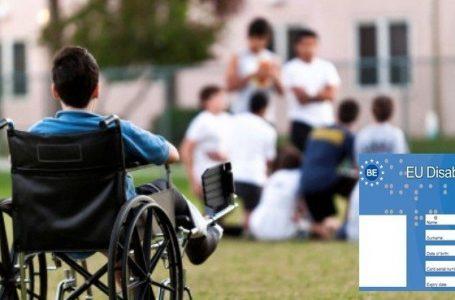 Au sosit primele carduri europene pentru dizabilitate
