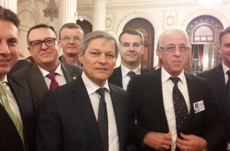 Liberalii nemțeni, în jurul premierului Dacian Cioloș!