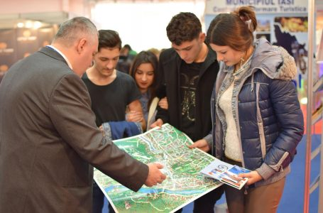 Târgul de Crăciun este promovat de Primăria Piatra Neamț la Târgul Național de Turism al României