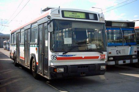 Cadou pentru transportatorii privați: Troleibuzul suspendă de azi transportul public de persoane!