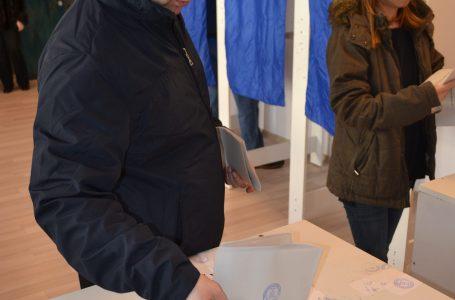Prezența la vot în Neamț este de aproape 37 la sută cu jumătate de oră înainte de închiderea urnelor!