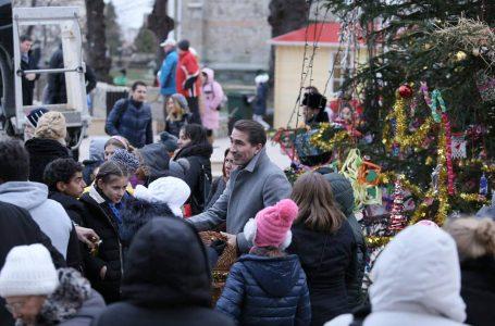 """Ionel Arsene: """"Spiritul Crăciunului ne uneşte pe toți!"""" Omul din spatele politicianului!"""