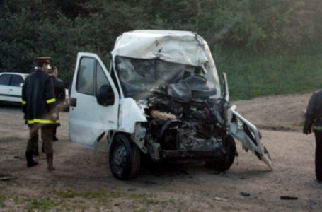 O femeie a decedat în accidentul de la Pipirig! Șoferii sunt în stare foarte gravă! Patru pasageri sunt și ei răniți!
