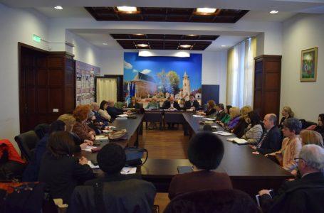 Primarul Dragoș Chitic a avut consultări cu cadrele didactice și cele medicale pe tema bugetului pe 2017