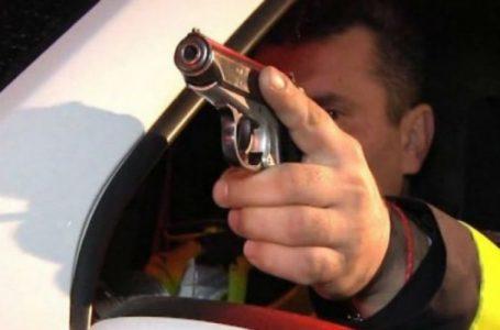 Fugar condamnat la închisoare, prins cu focuri de armă la Săvinești