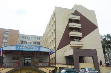 Rudele unui bărbat de 49 ani, decedat la Urgența Spitalului Roman, acuză medicii de indiferență