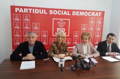 """Emilia Arcan (senator PSD): """"Focul a fost dat intenţionat la Piaţa Centrală! A fost spălare de bani!"""" Deputatul Munteanu îi pune întrebări primarului Chitic!"""