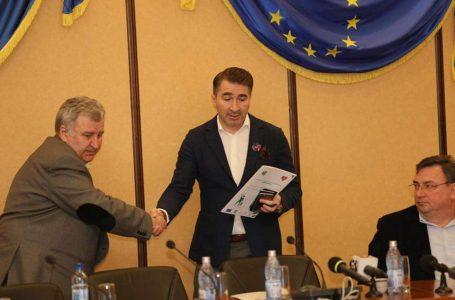 """S-a semnat contractul de delegare prin concesiune a gestiunii unor activităţi componente ale serviciului de salubrizare a localităților membre ale A.D.I. ECONEAMŢ"""" din  Zona  3"""