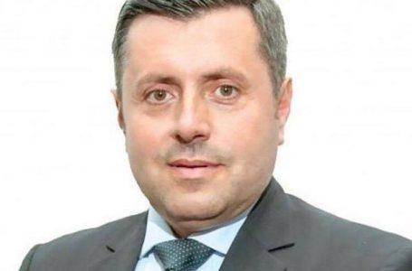 Prima ieșire în public a noului prefect Vasile Panaite a fost alături de 150 de oameni în fața Prefecturii!