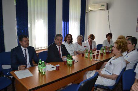Ministrul Sănătății, în vizită la cele două spitale din Roman