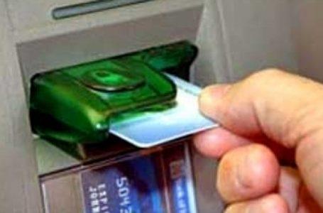 Un bărbat din Dumbrava Roșie, arestat pentru clonare de carduri în Germania!