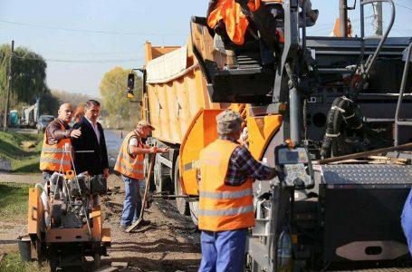 """Ionel Arsene: """"Lucrări de asfaltare pe mai multe drumuri naționale din Neamț! Este vizat și tronsonul Bicaz – Lacu Roșu!"""""""