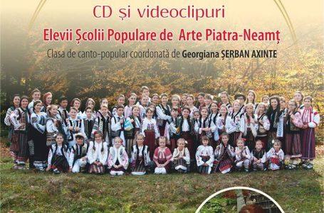 """Debut discografic pentru cursanții clasei de canto populară a Centrului pentru Cultură şi Arte """"Carmen Saeculare"""""""