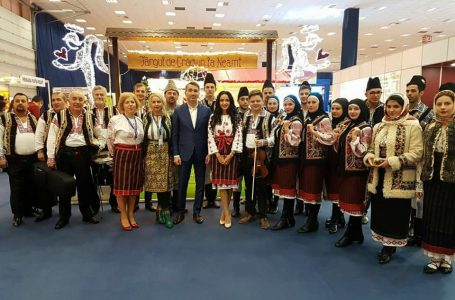 """""""Târgul de Crăciun la Neamț"""", vedeta Târgului de Turism al României"""