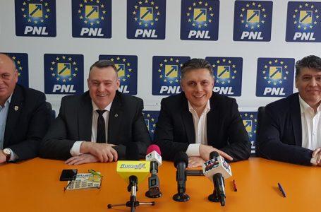Dragoş Chitic se pregăteşte să revină la conducerea PNL Piatra-Neamţ! Biroul politic local a fost dizolvat!