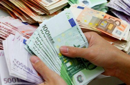 Lista salariilor brute din CJ Neamț; președintele, 5.000 euro; vicepreședinții, secretarul și directorii, între 3.000 și 4.500 euro!