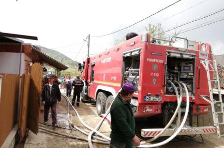Incendiu într-un apartament din municipiul Piatra-Neamț