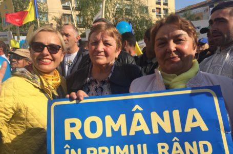 FOTO – 1.000 de liberali din Neamț, la mitingul Iohannis&PNL de la Iași