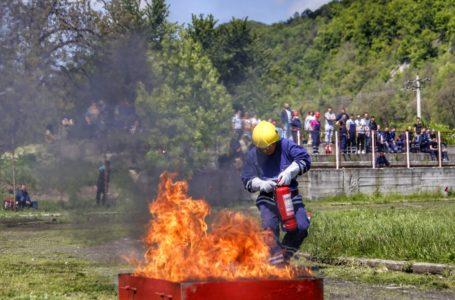 Viitorii salvatori ai ISU Neamț sunt căutați printre elevi