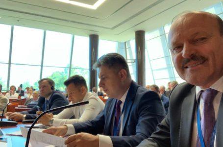 Președintele PNL Neamț, Mugur Cozmanciuc, prezent la ședința grupului PPE de la Strasbourg