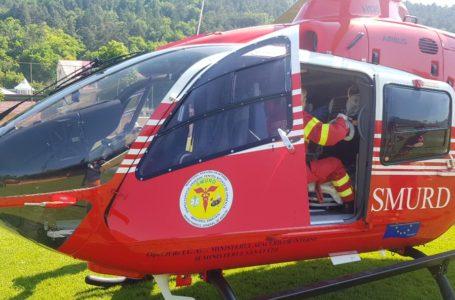 Bărbatul care a făcut infract pe stadion a fost transferat la Iași, în stare gravă, cu elicopterul SMURD (foto-video)