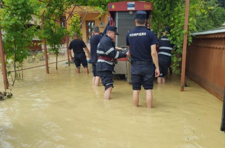 Probleme în tot județul Neamț din cauza Codului Roșu de furtună!
