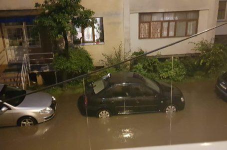 Ploile torențiale, vijeliile și grindina se reîntorc în județul Neamț