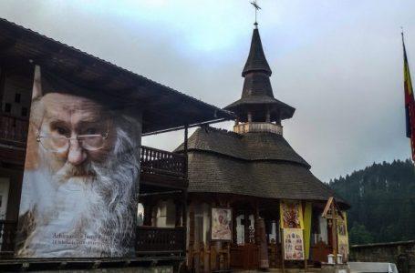 A început pelerinajul la mormântul părintelui Justin de la Petru-Vodă! 6 ani fără Sfântul Neamțului!