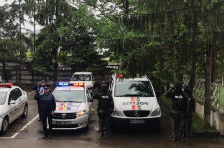 Polițiștii și jandarmii nemțeni, moment de reculegere pentru colegul ucis! Ce făcea Carmen Dan la ora aceea?