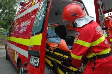 Accident la Gârcina. Un tânăr de 19 ani a fost luat cu SMURD-ul.