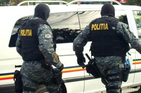 Percheziții la 2 tâlhari periculoși din Neamț
